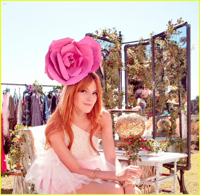bella thorne zendaya fashion video pics 10
