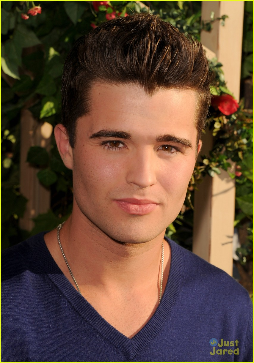 spencer boldman olivia holt tim green 10