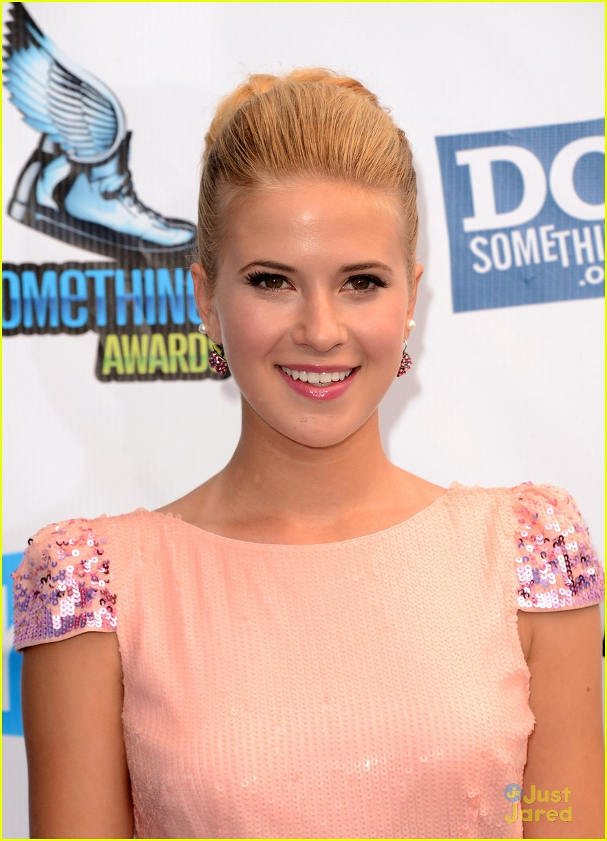 caroline sunshine ds awards 07