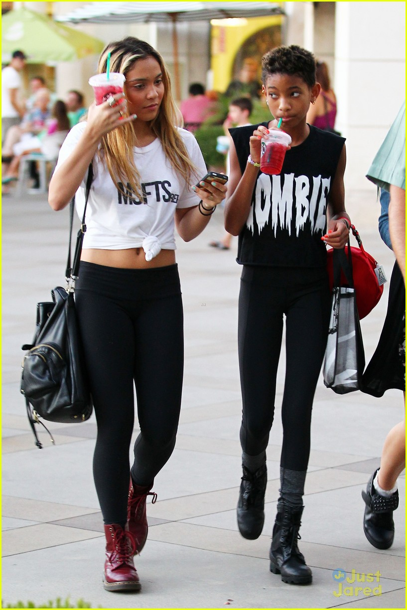 willow smith stella hudgens calabasas 07