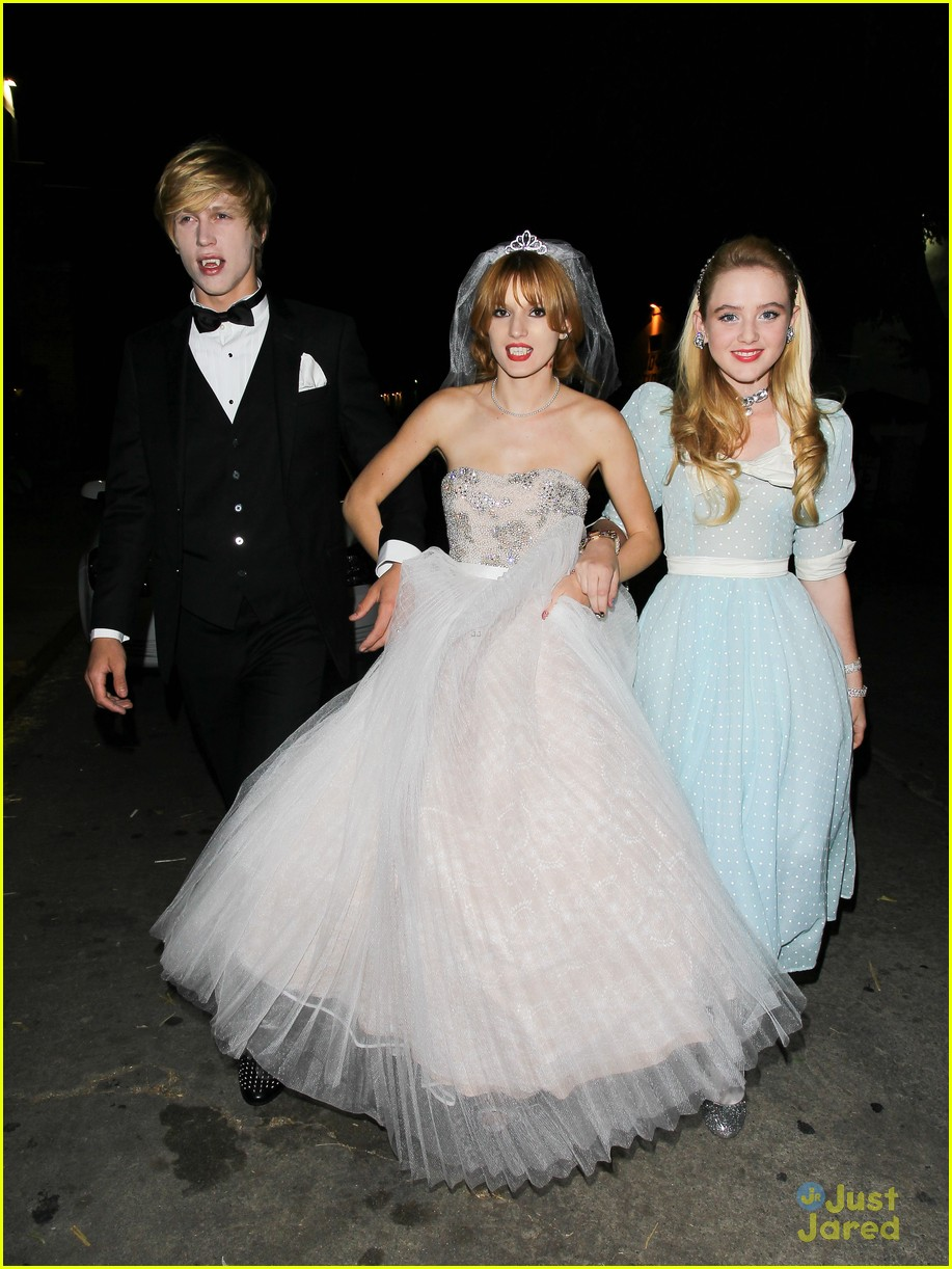 debby ryan bella thorne jj halloween party 19