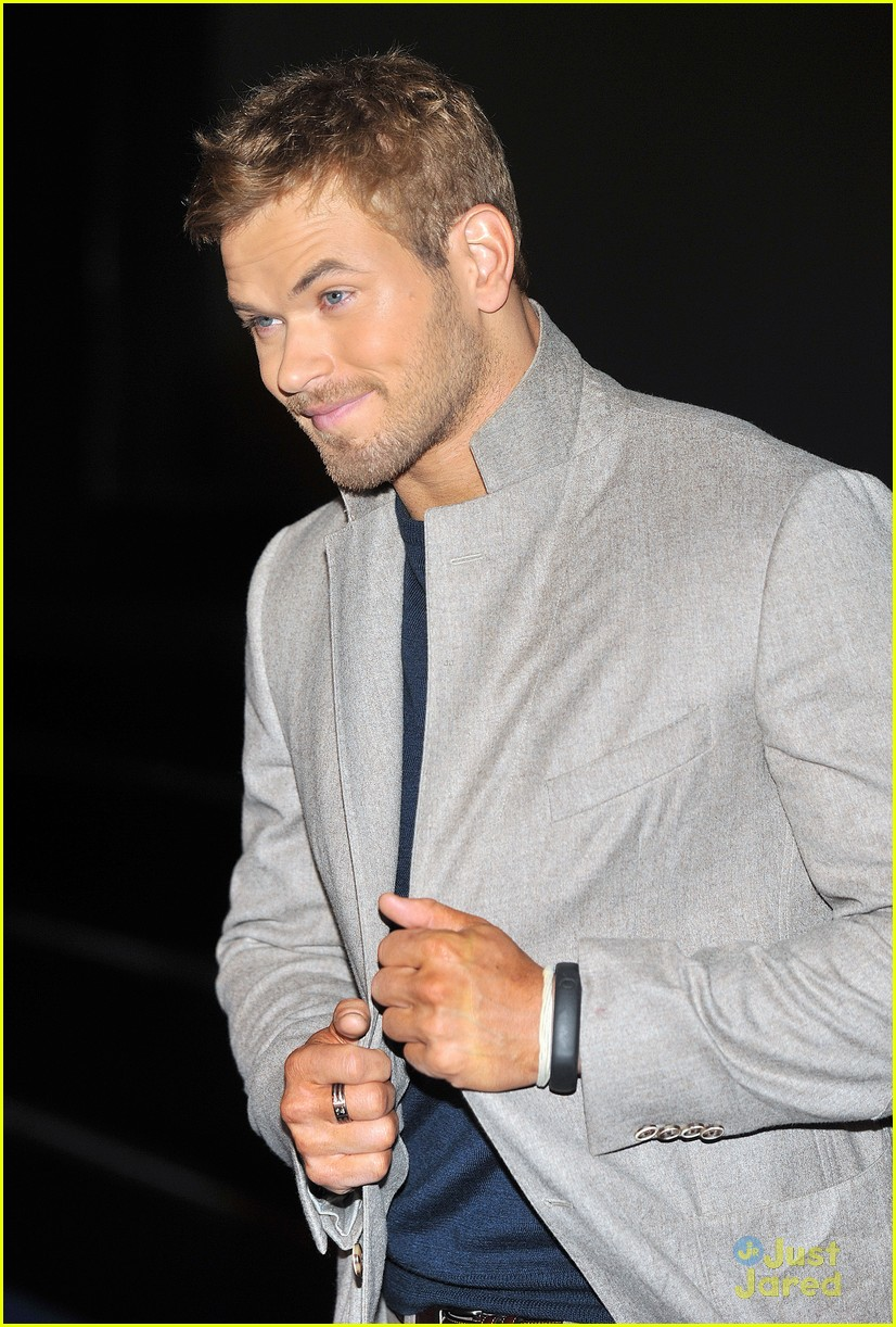 nikki reed kellan lutz bd london 04
