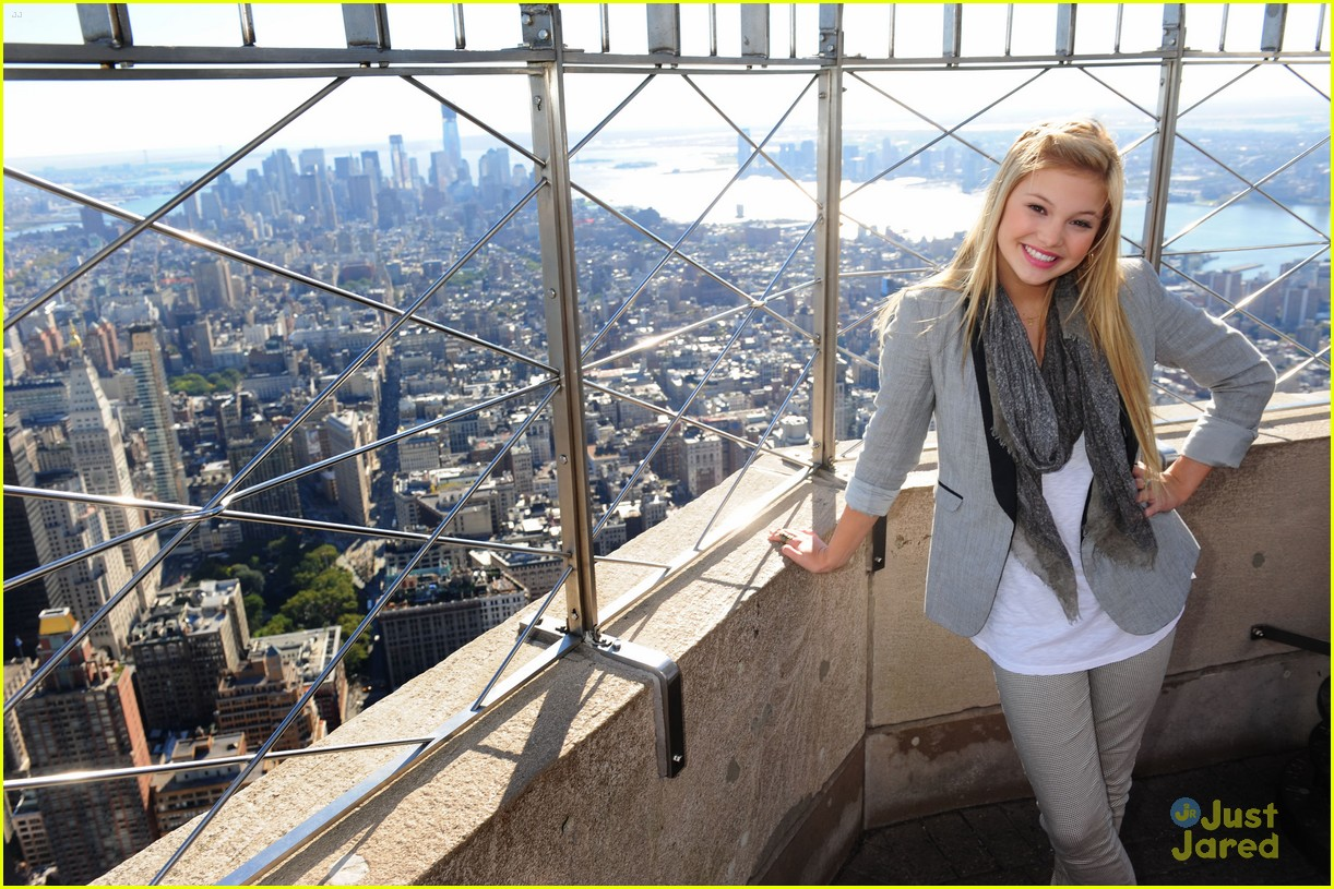 olivia holt empire state 04