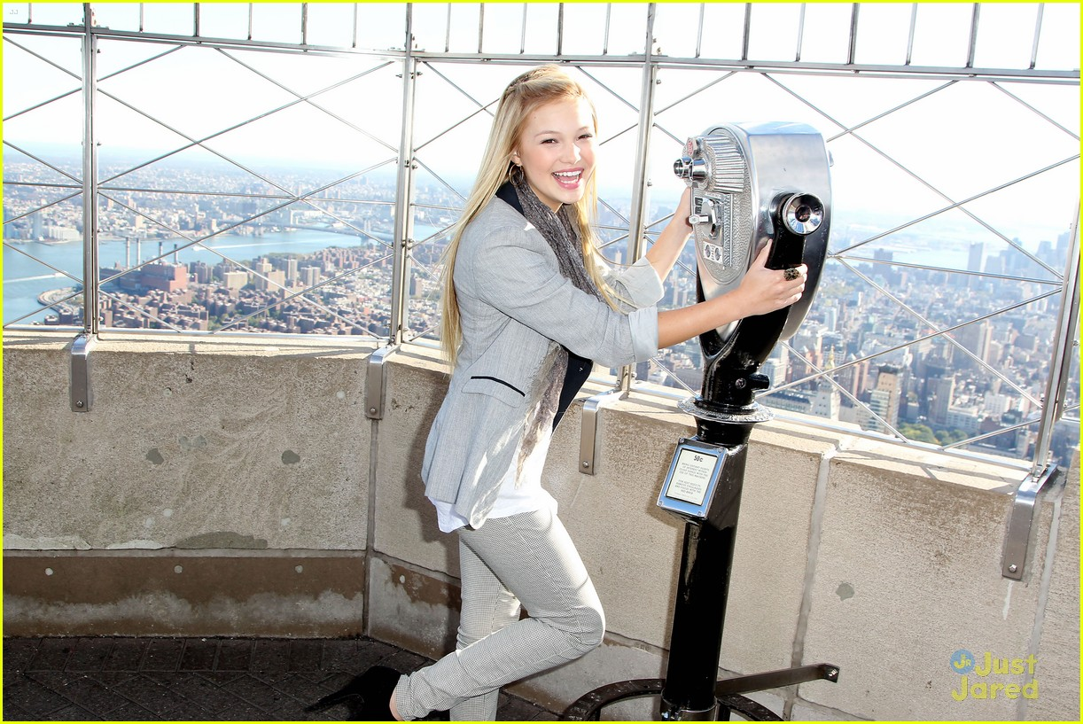 olivia holt empire state 05