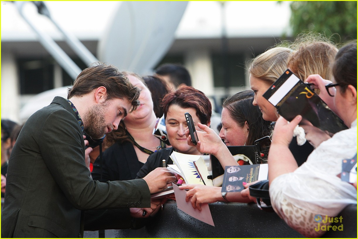 robert pattinson bd premiere sydney 16