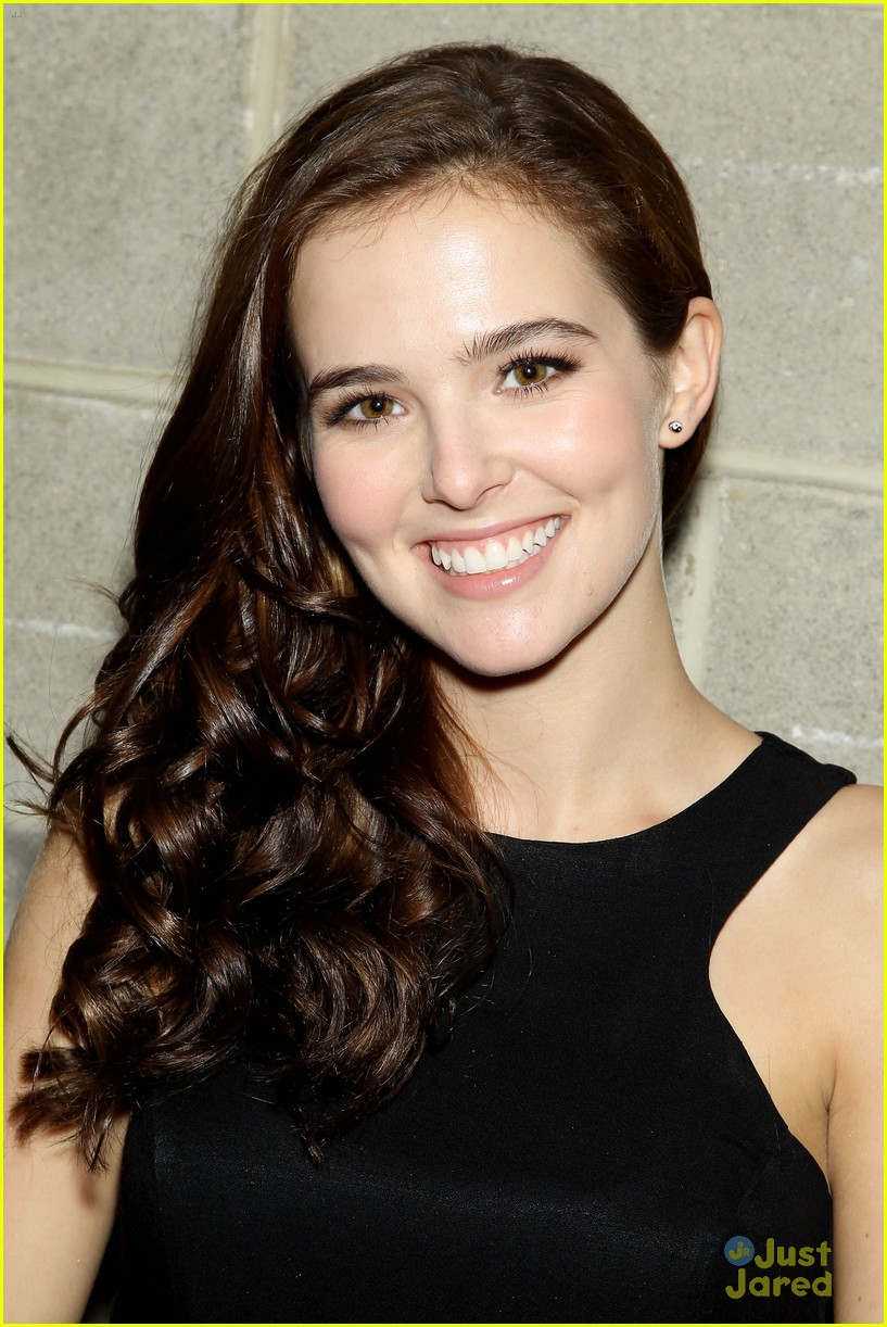 Zoey Deutch beauty tips