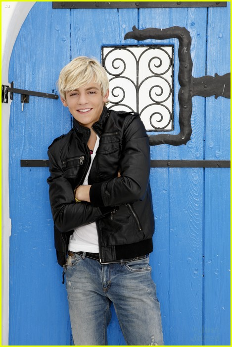 austin ally gallery pics 01