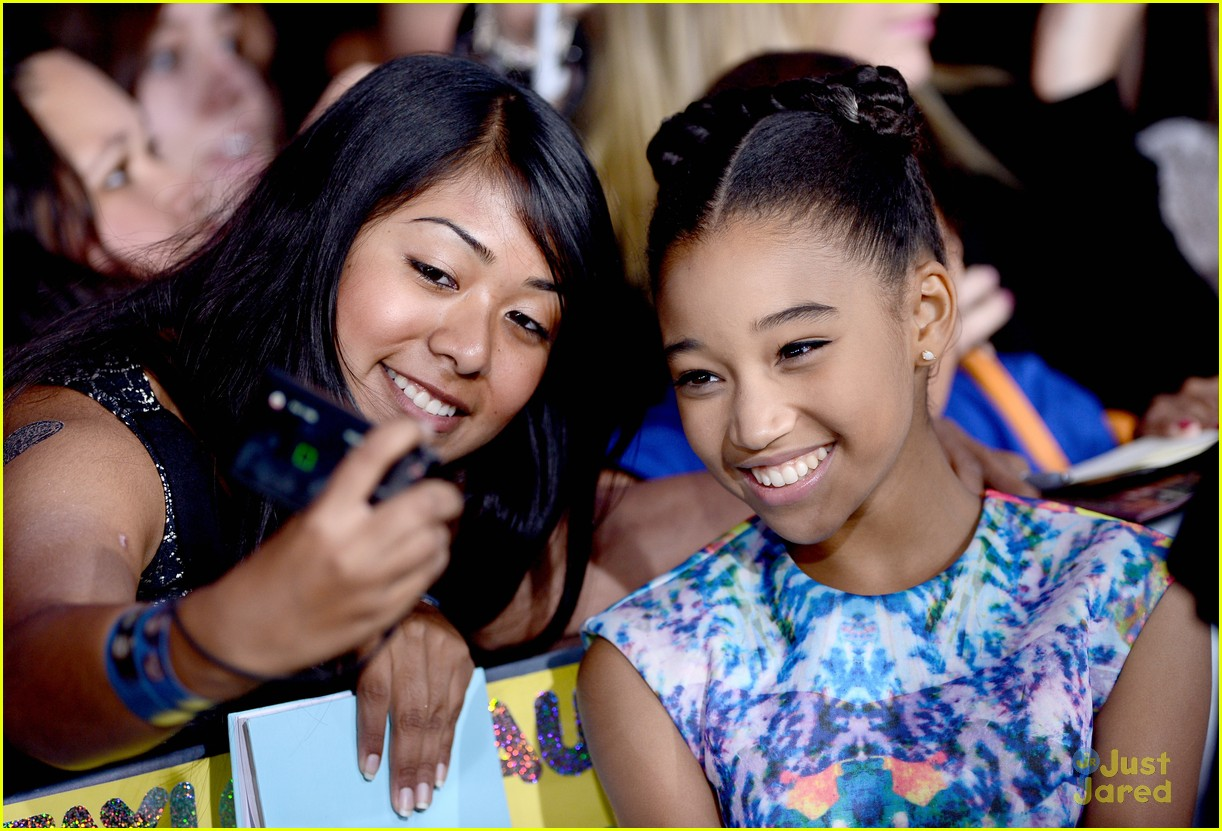 amandla stenberg willow shields bd premiere 07