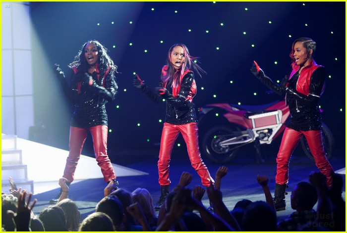 sierra lauryn china mcclain ants 05