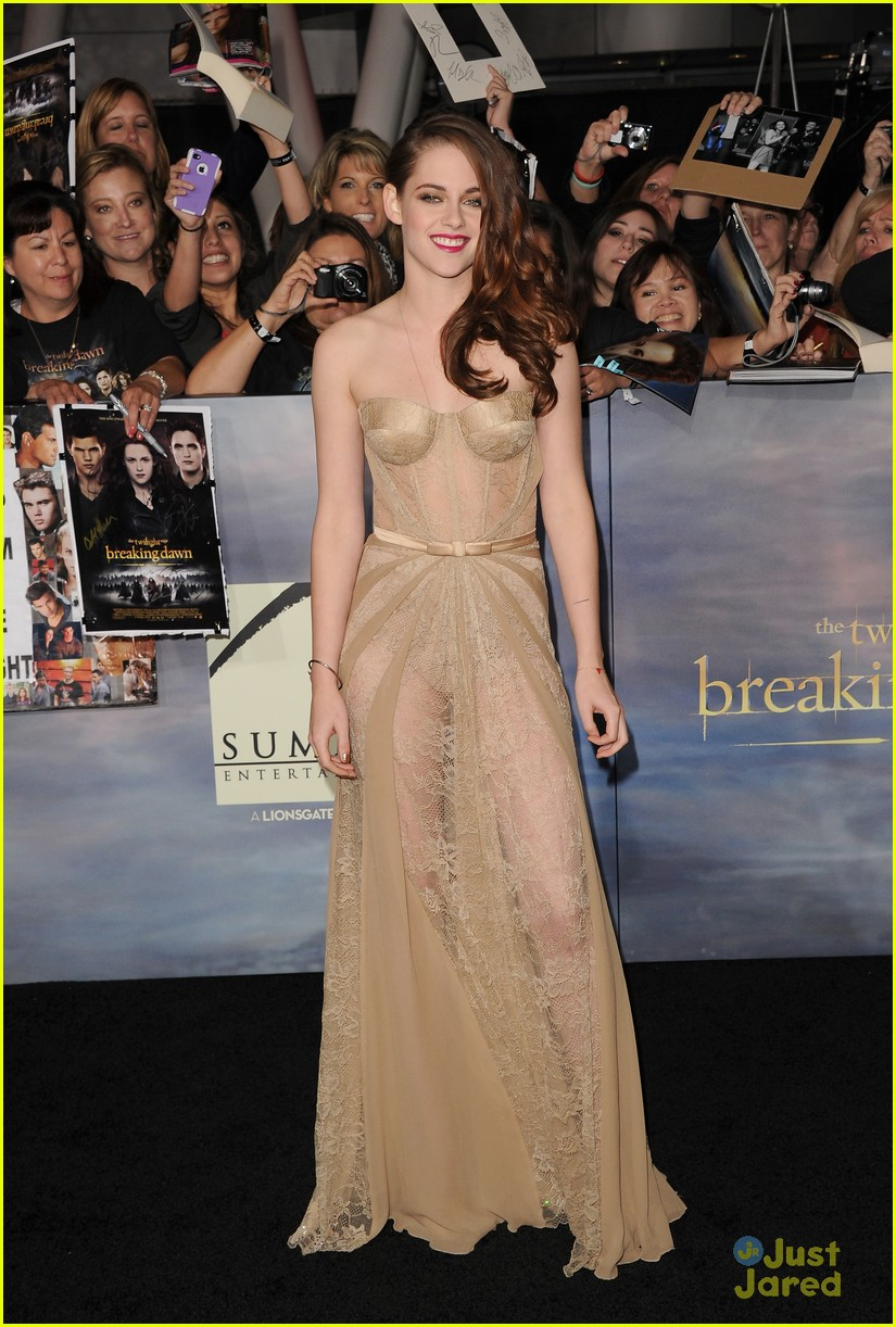 twilight breaking dawn best dressed poll 04