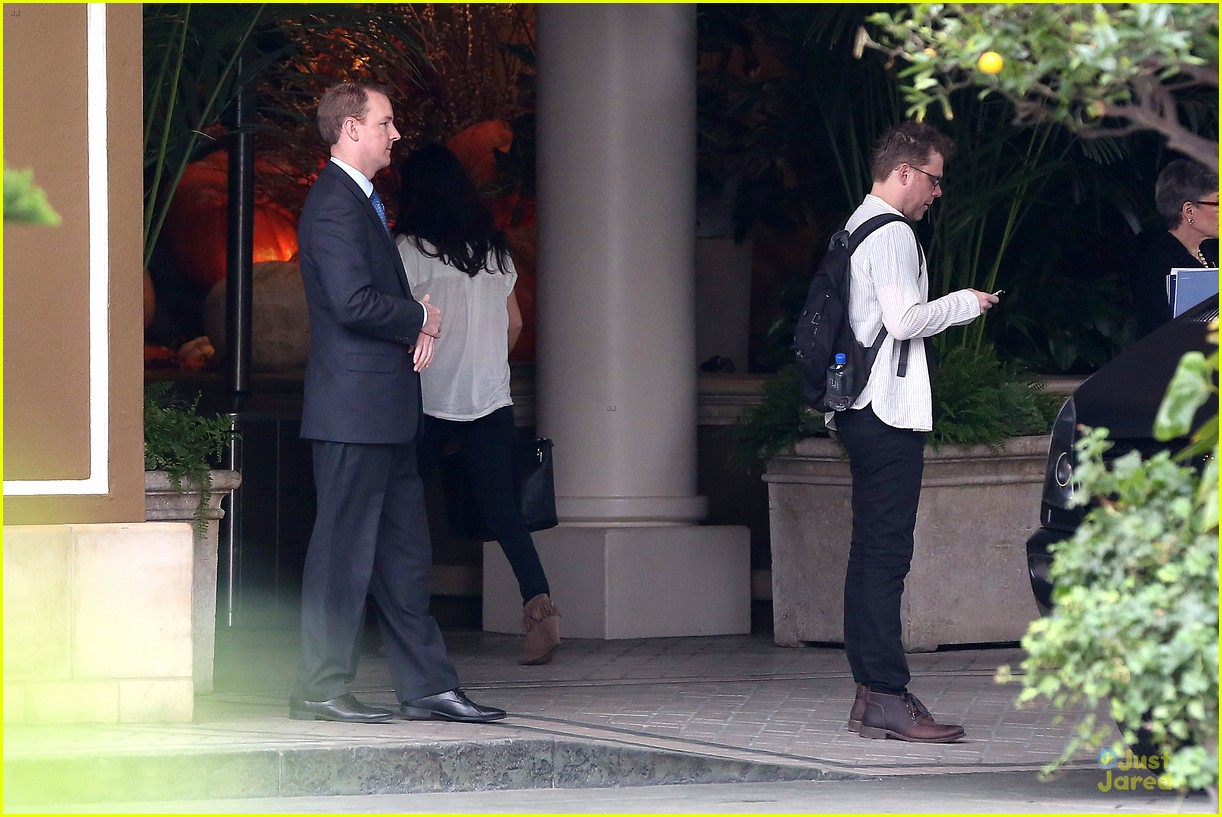 justin bieber selena gomez reunite at four seasons 16