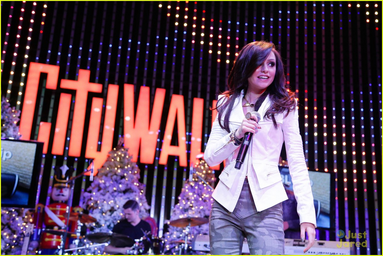 cher lloyd xfactor citywalk 02