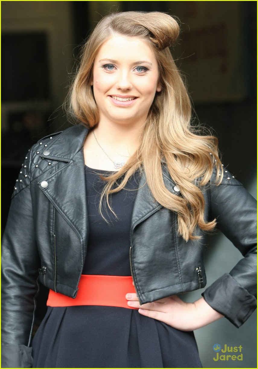 ella henderson itv studios 04