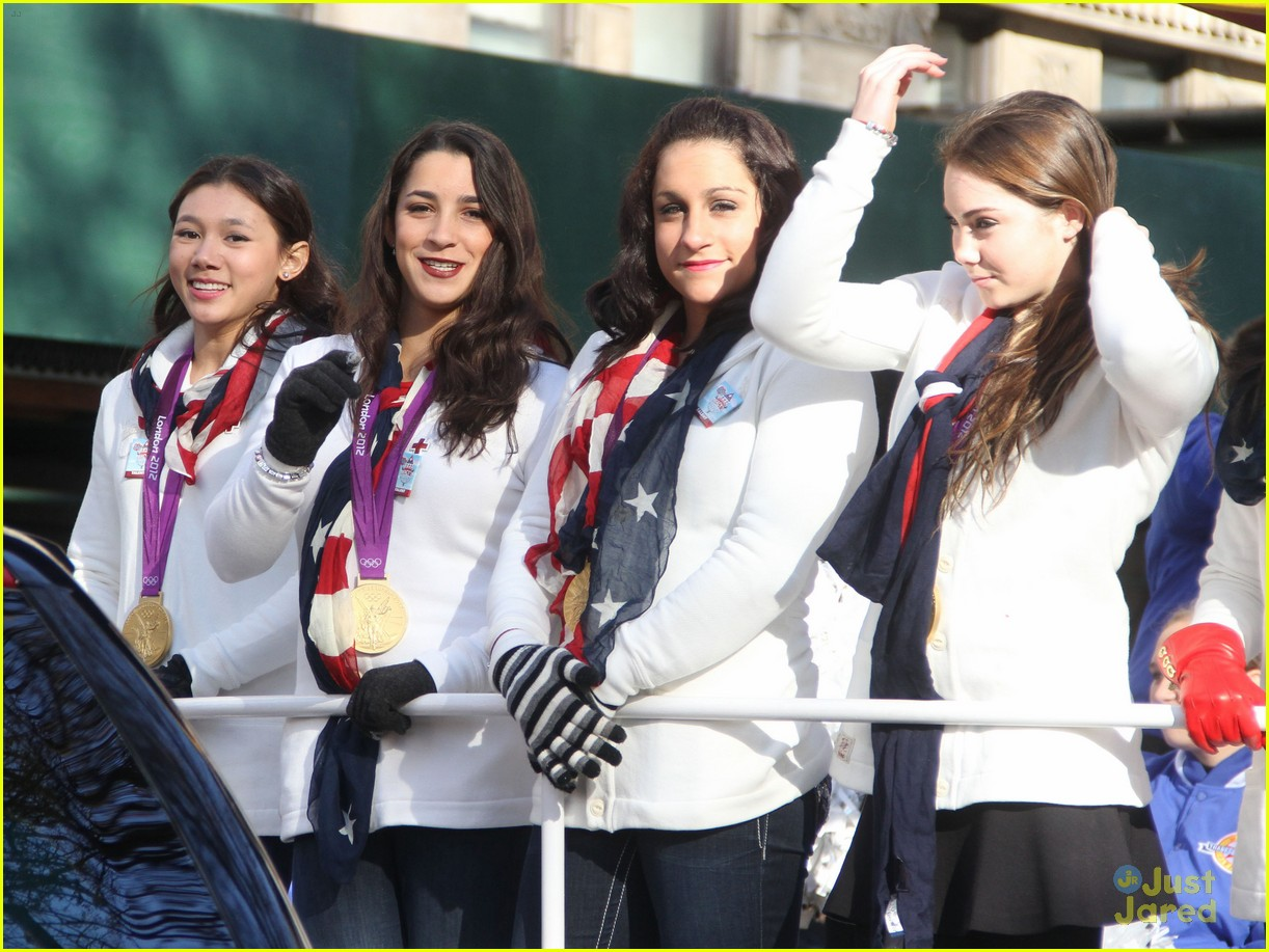 fierce five macys paraade 13