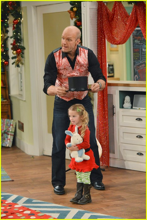 good luck charlie christmas 03
