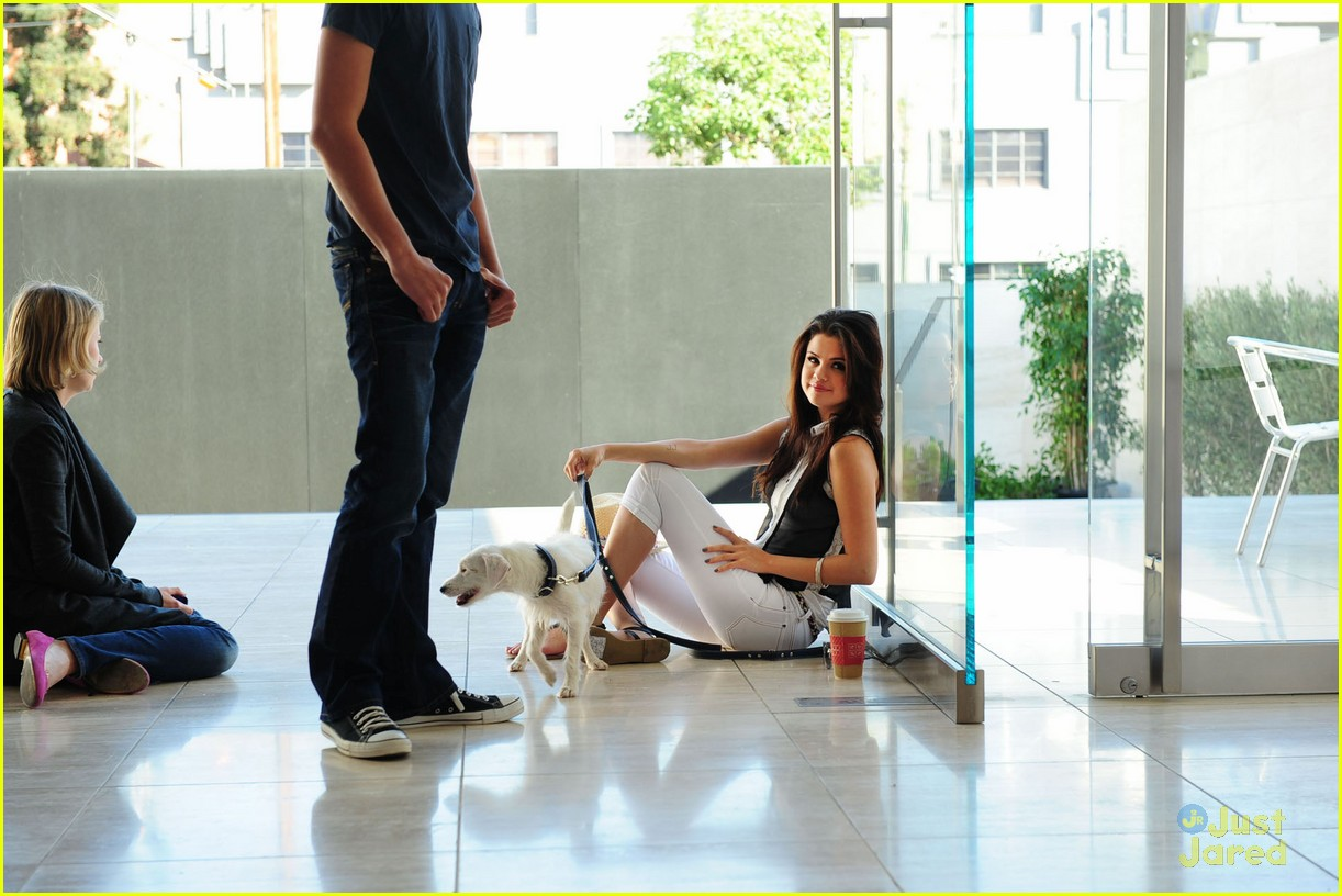 selena gomez dol shoot 01