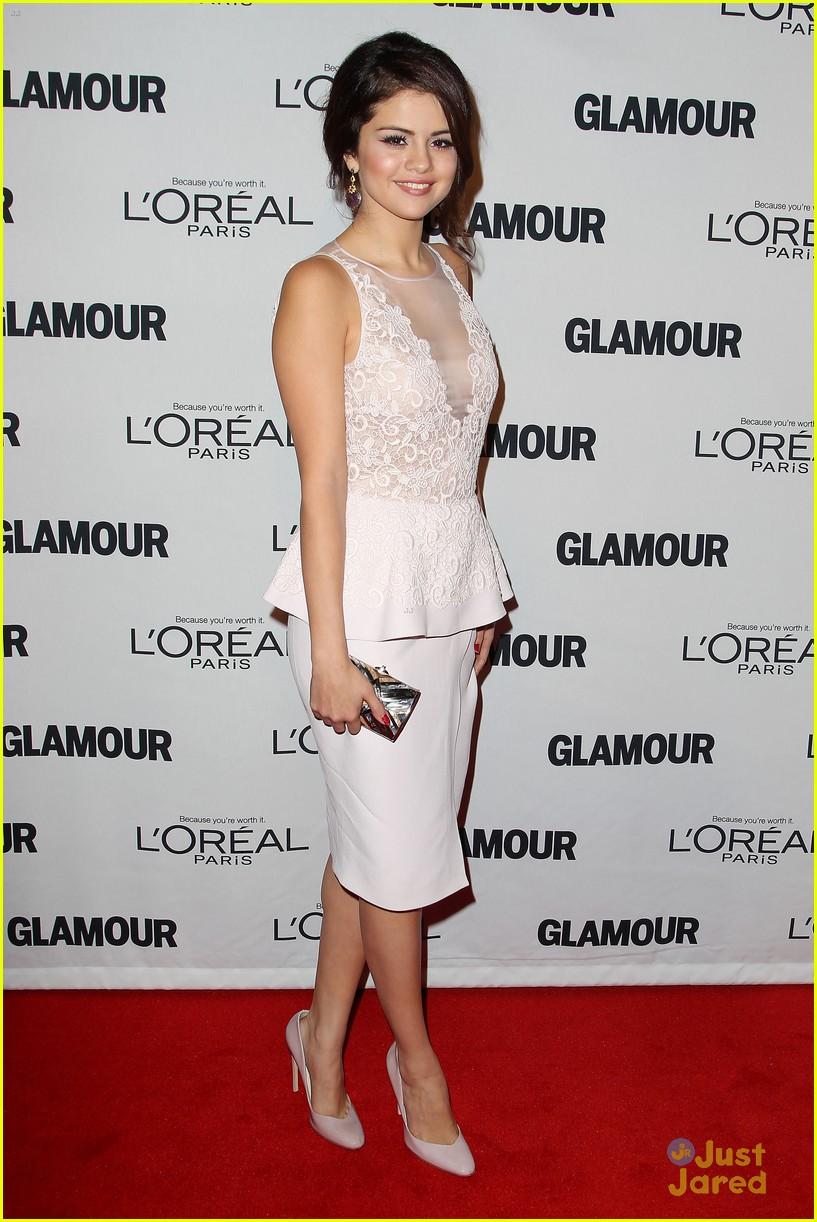 selena gomez glamour event nyc 11