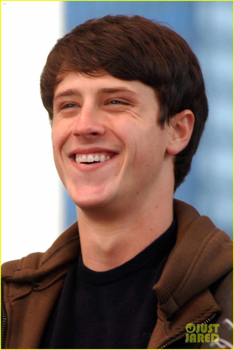 shane harper disney performs 03