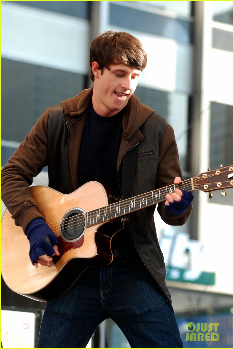 shane harper disney performs 08