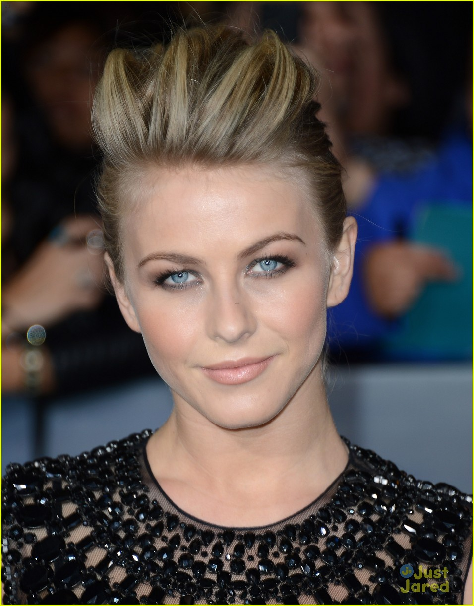 julianne hough bd premiere 08