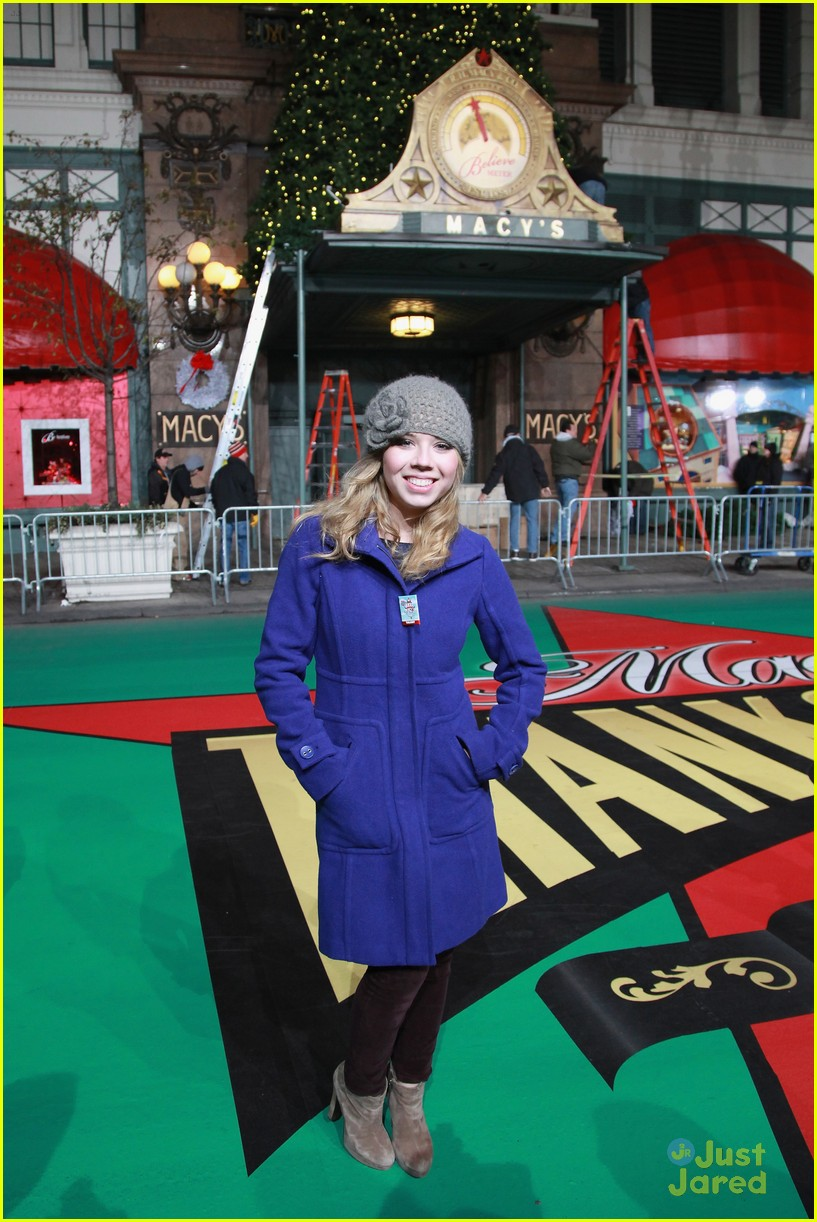 jennette mccurdy parade rehearsal 01