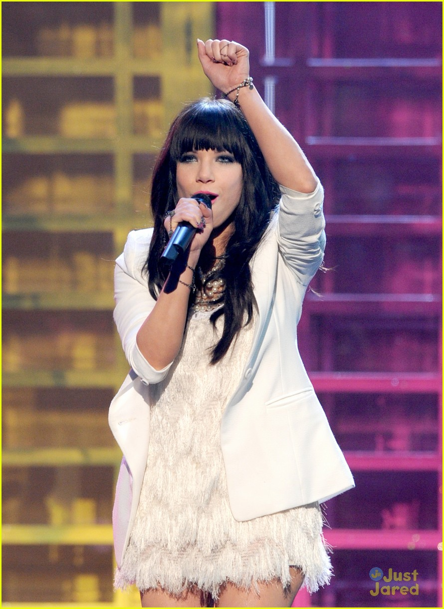 carly rae jepsen fave new artist 07
