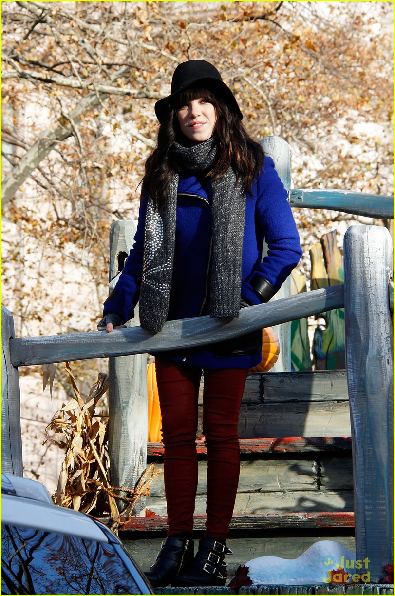 carly rae jepsen thanksgiving parade 09