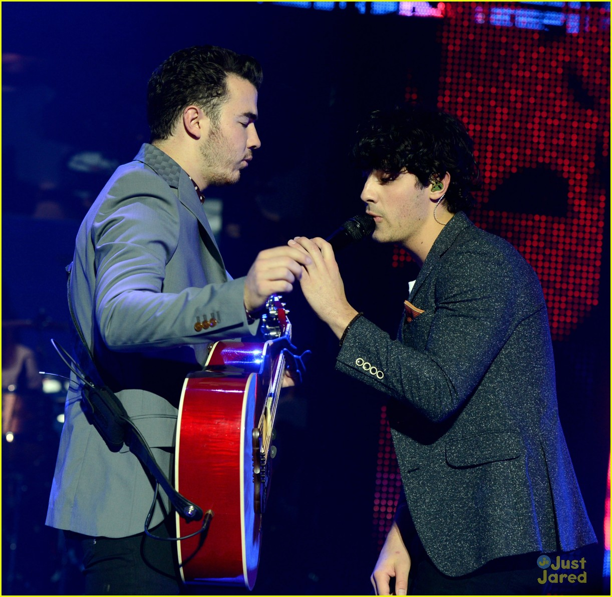 jonas brothers pantages concert 24