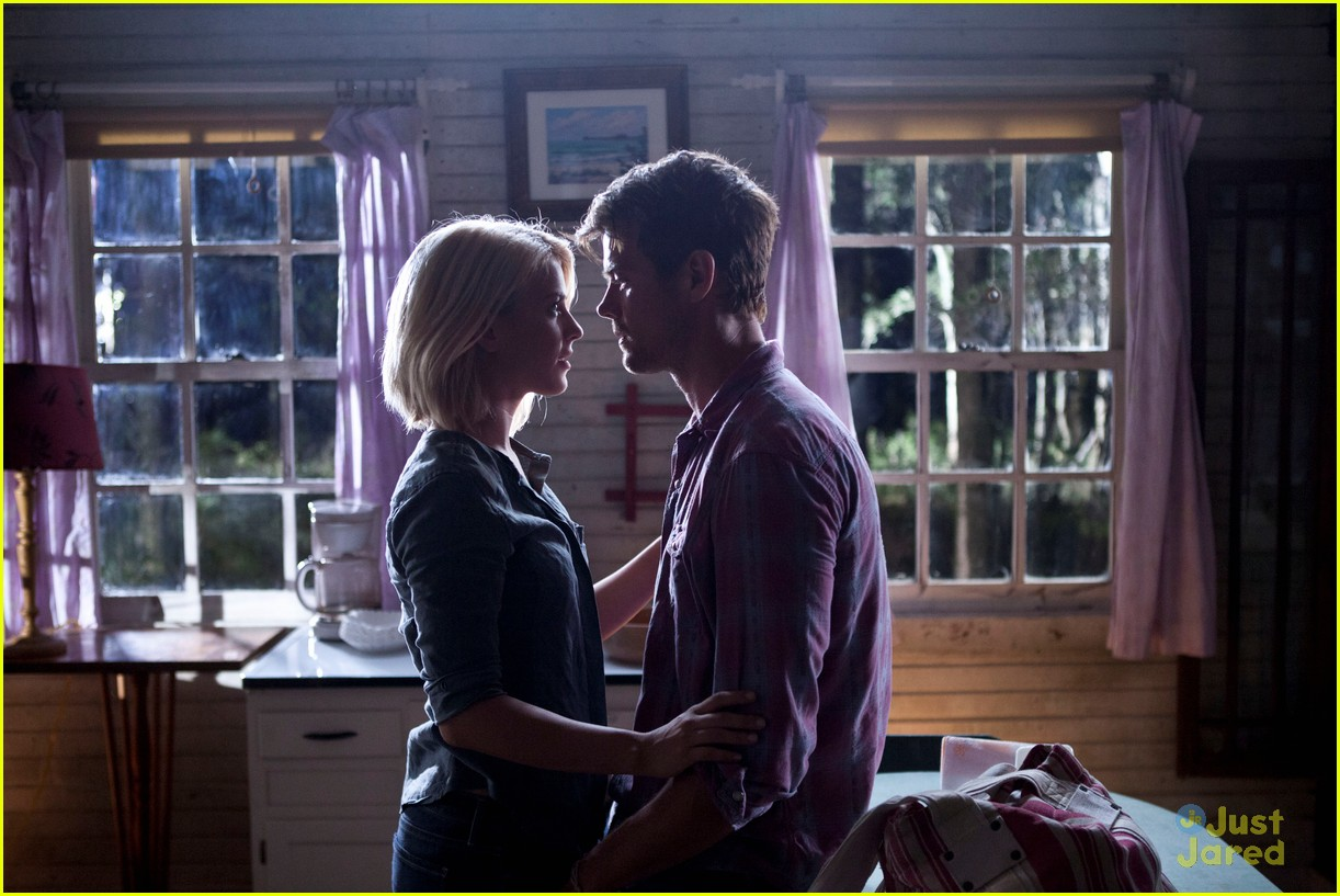 julianne hough safe haven pics 03