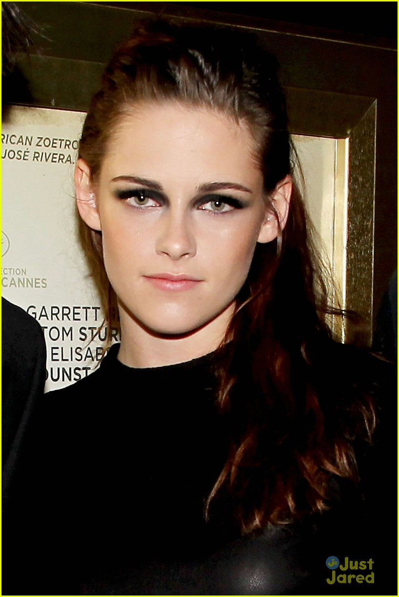 kristen stewart road screening 04