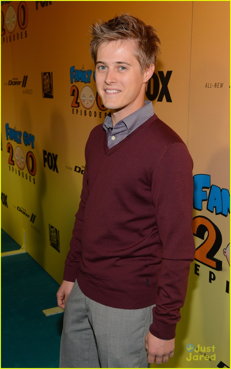 lucas grabeel family guy 03