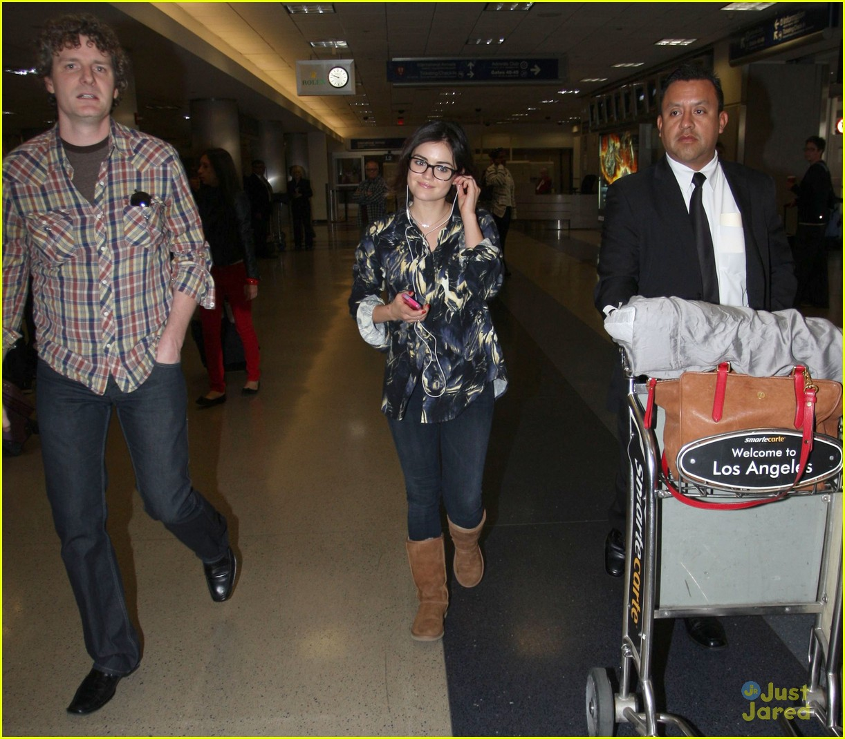 lucy hale lax arrival 07
