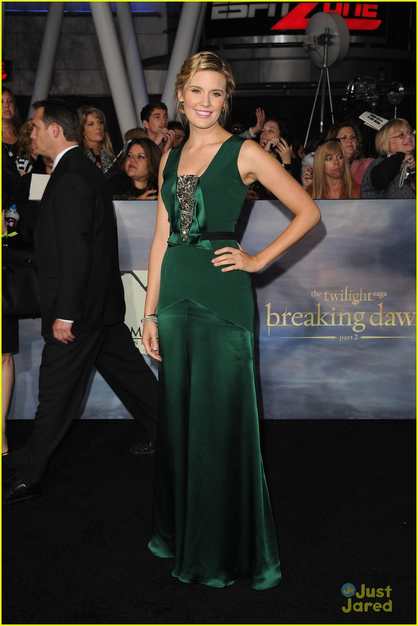 maggie grace marlane barnes bd premiere 05