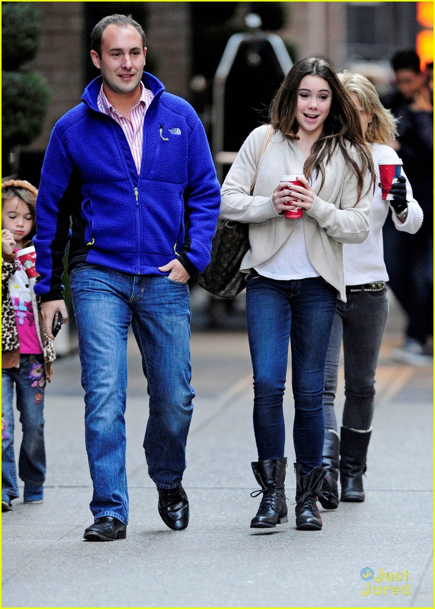 mckayla maroney starbucks stop 01