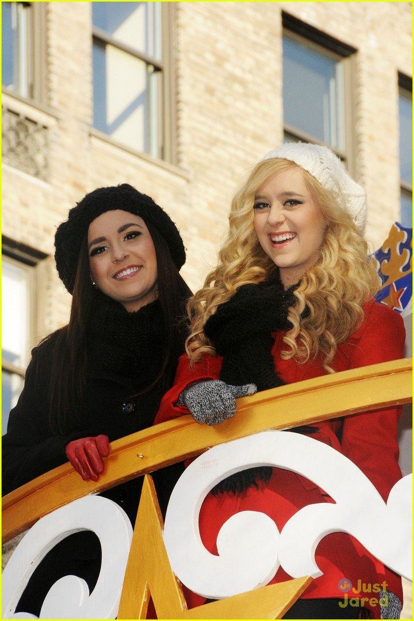 megan liz macys parade 02
