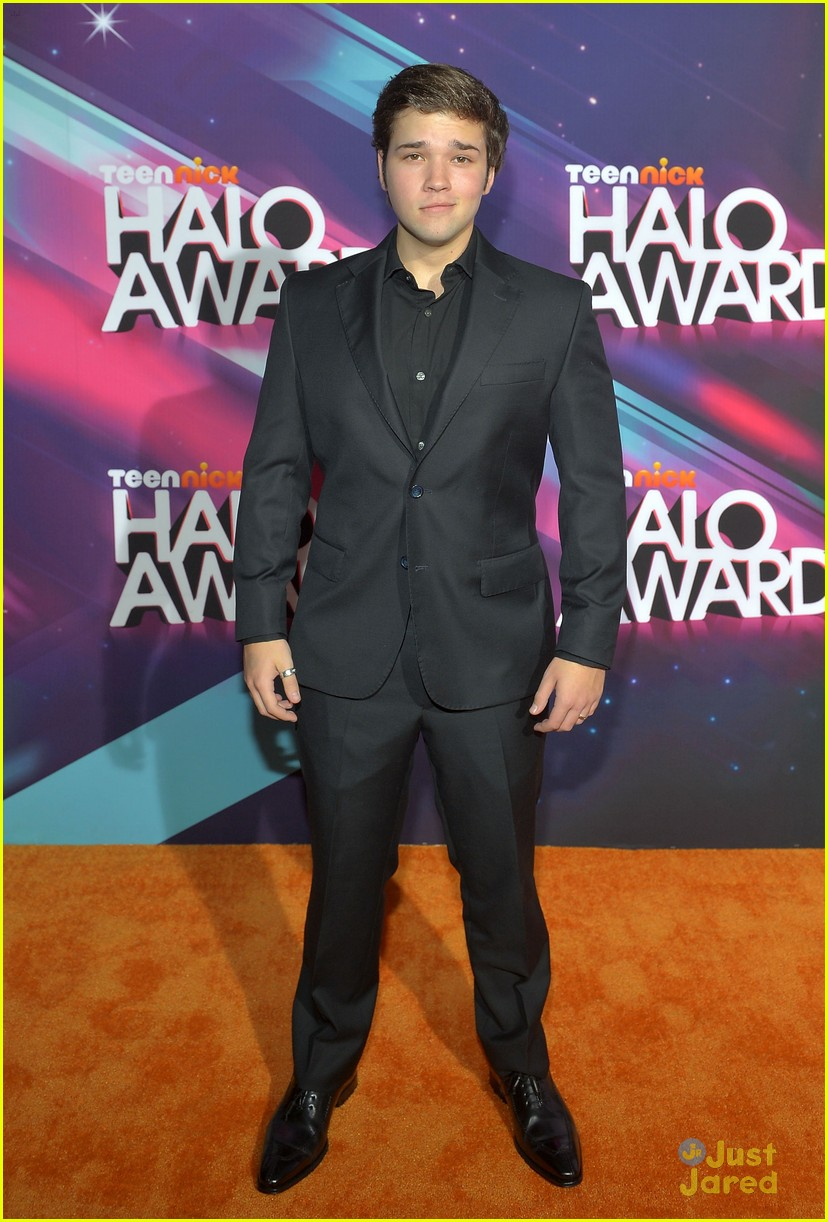 nathan kress halo awards 01
