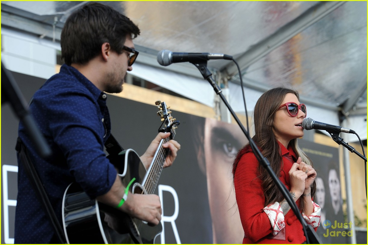 ashley greene nikki reed twilight fan camp concert 13