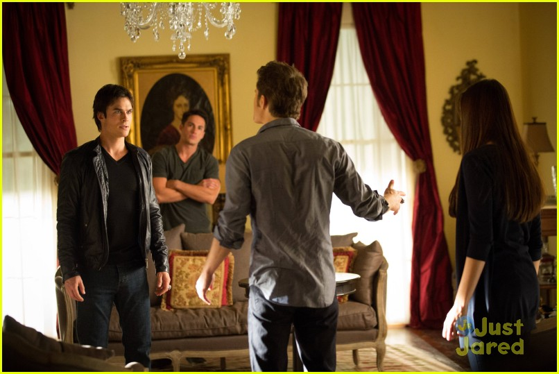 phoebe tonkin tvd stills 06