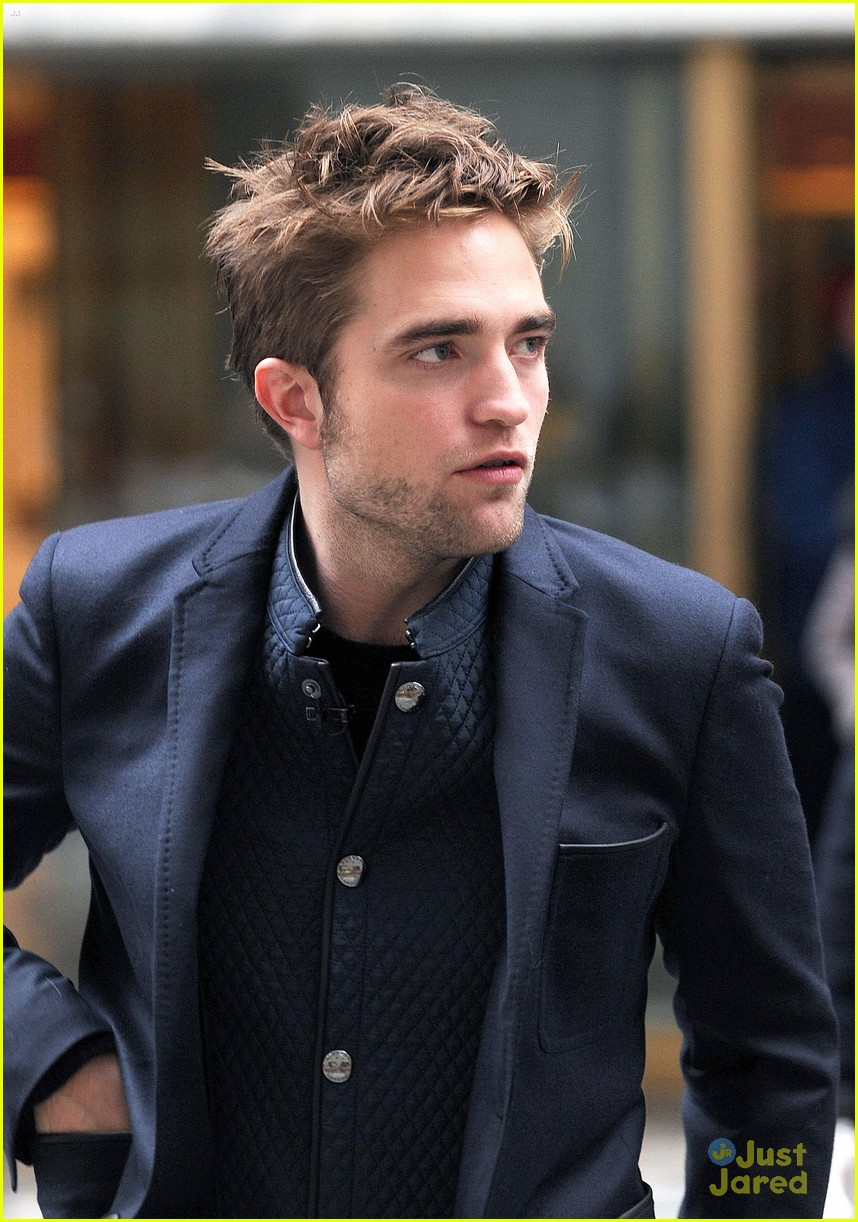 rob pattinson today show stop 03
