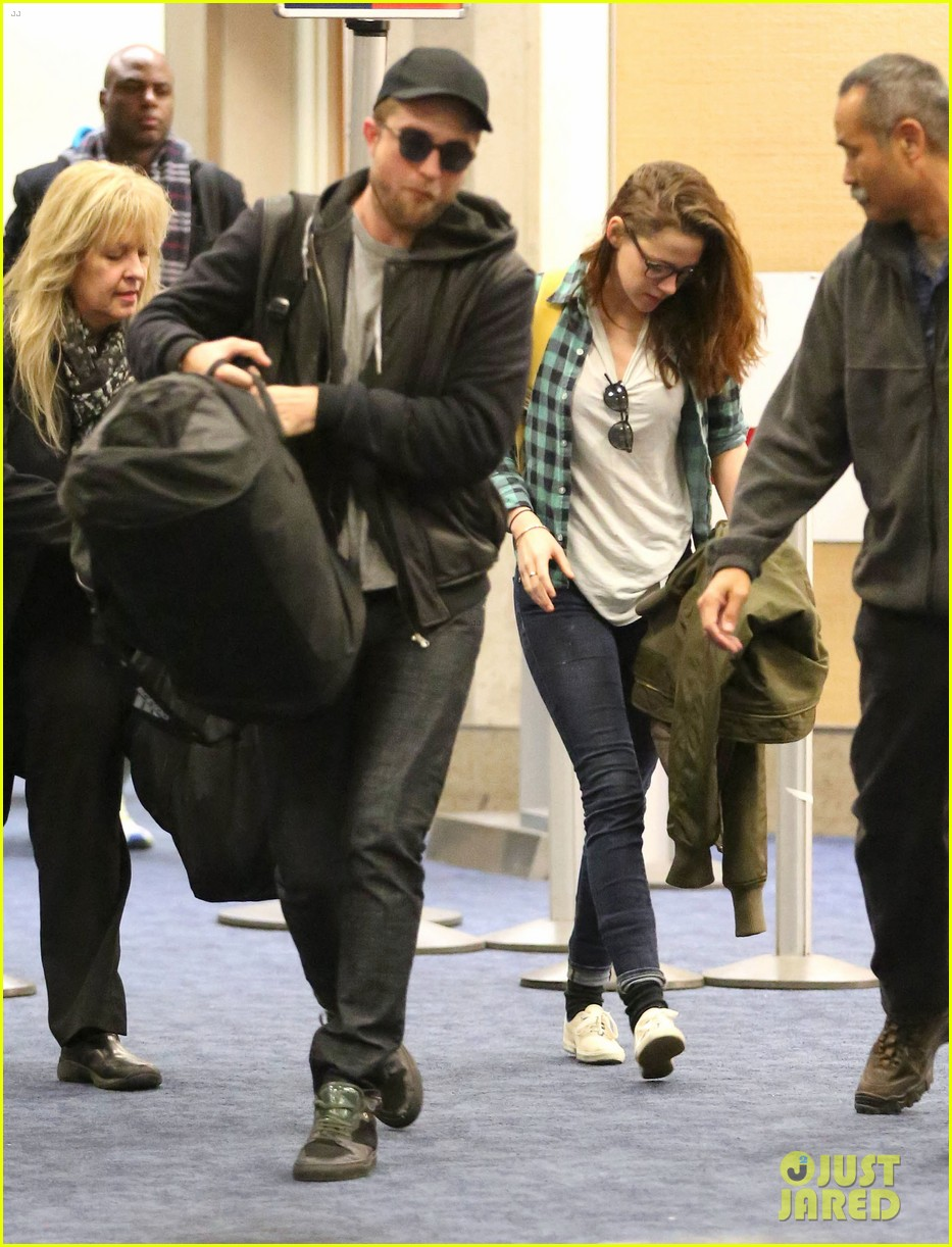 rob kristen lax landing 05
