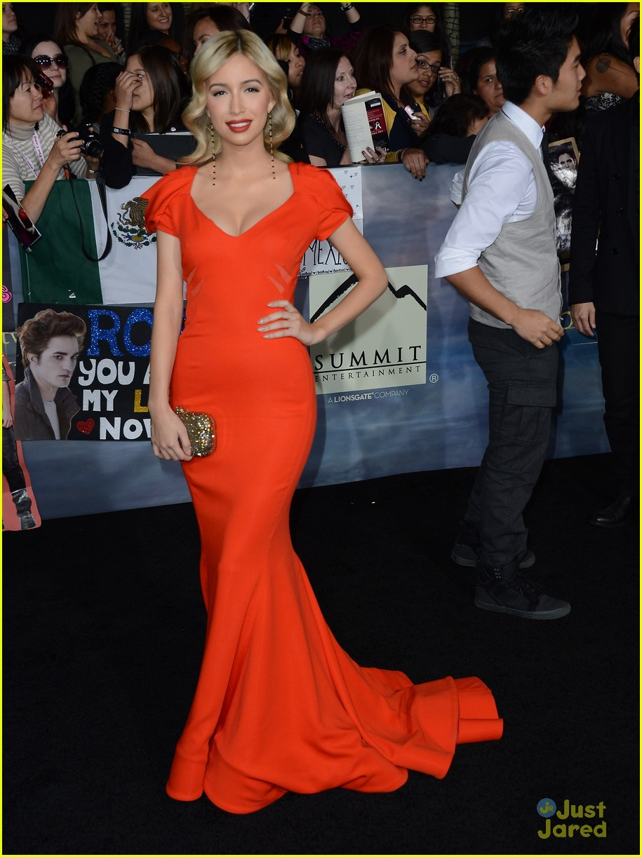 christian serratos bd premiere 15