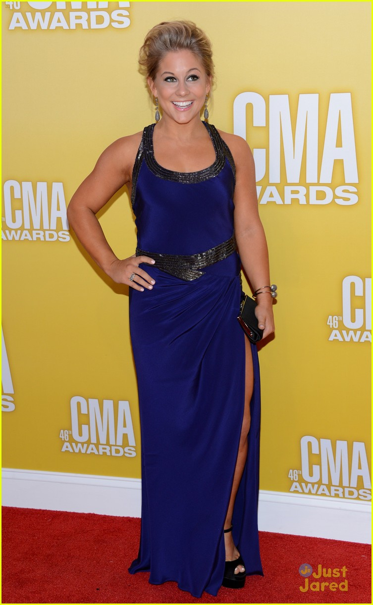 shawn johnson cma awards 02