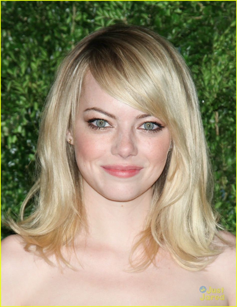 emma stone cfda fashion fund awards 08
