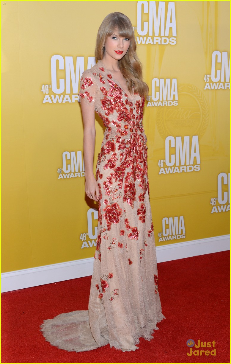 taylor swift cma awards 08