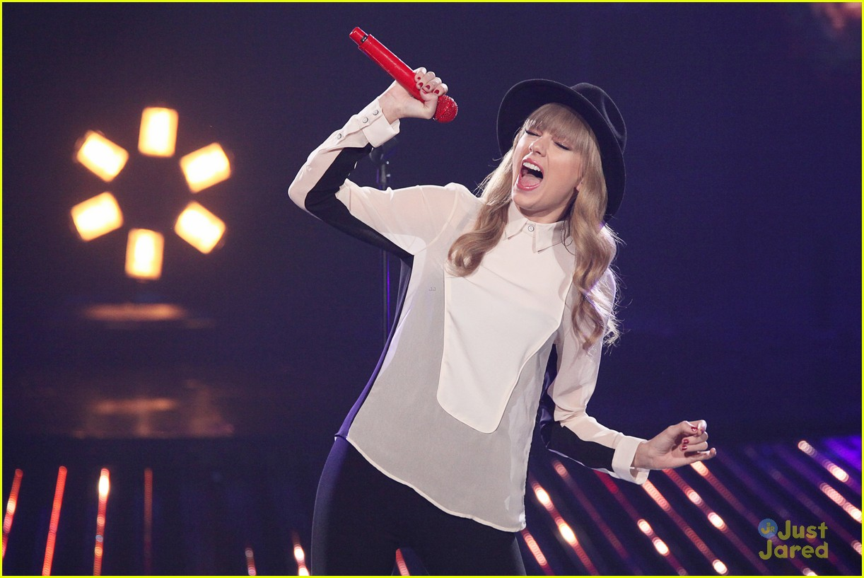 taylor swift x factor usa 12