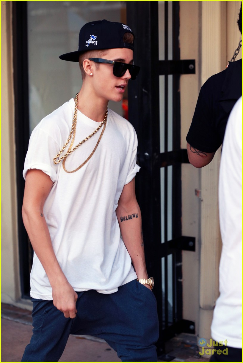 justin bieber miami shopping 07