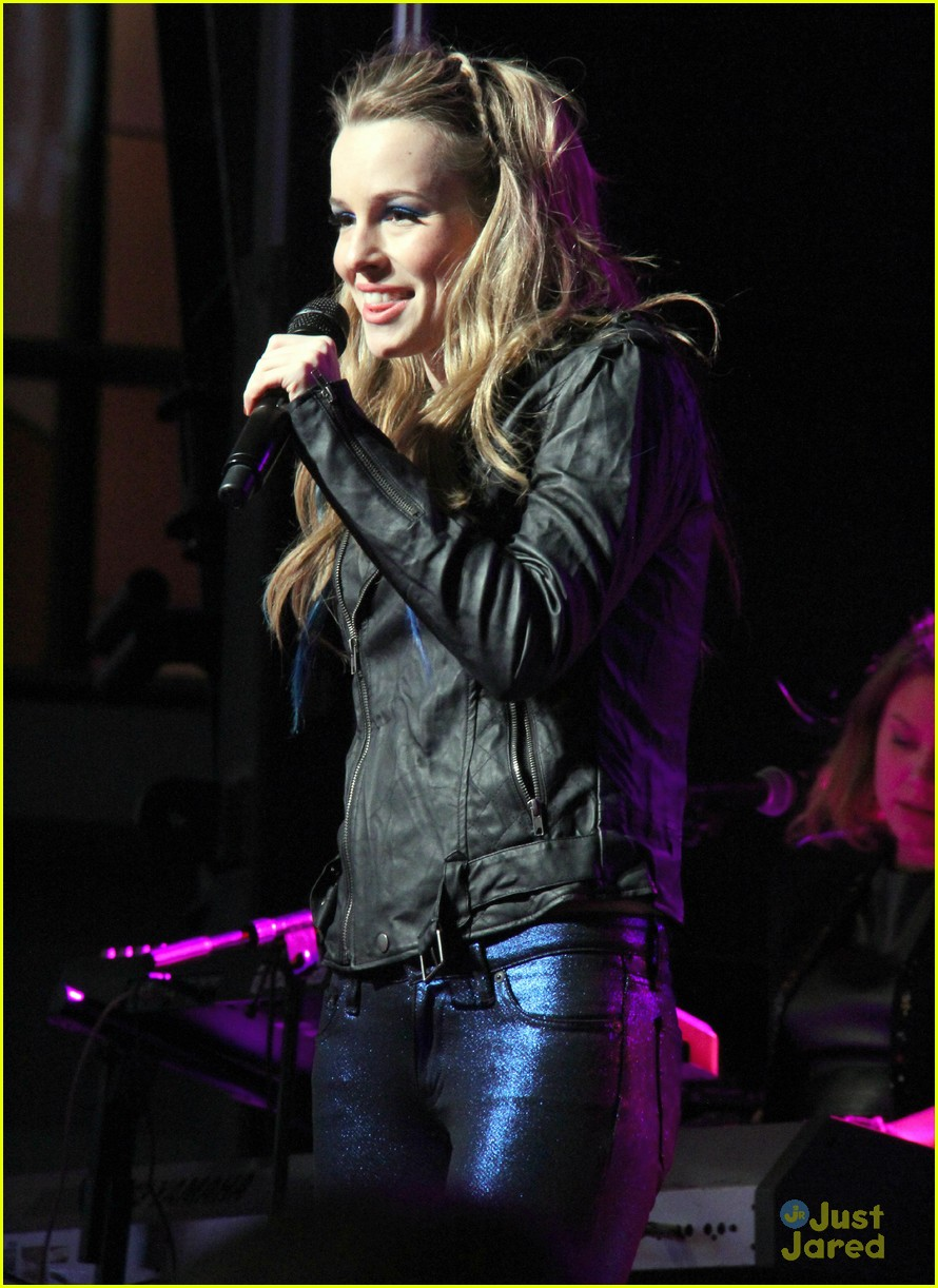 bridgit mendler rock red kettle 06