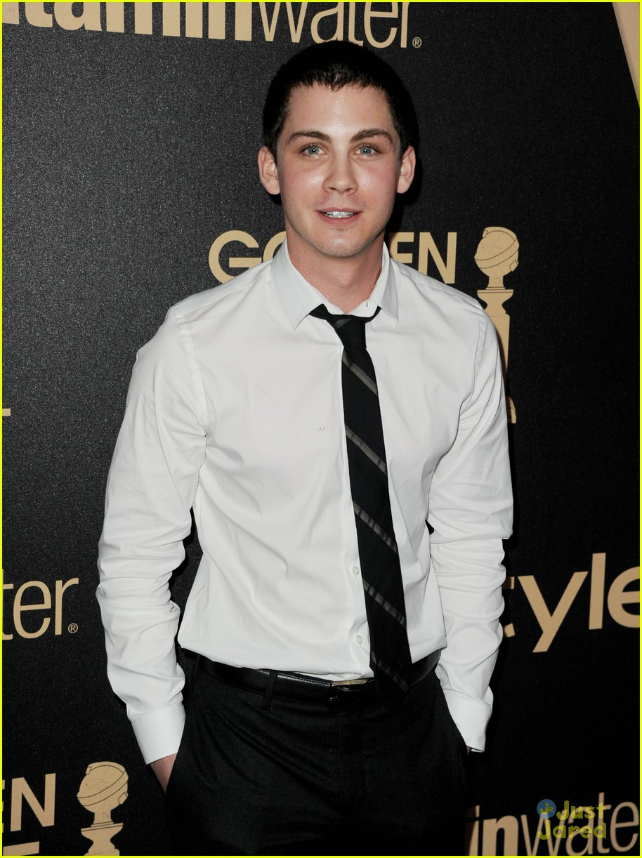 logan lerman callan mcauliffe instyle gg party 06