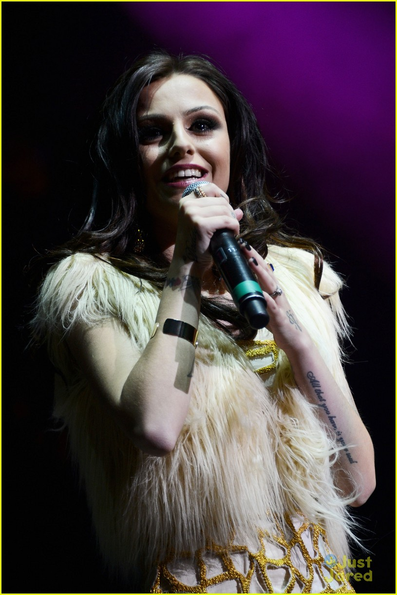 cher lloyd q102 jingle ball 03