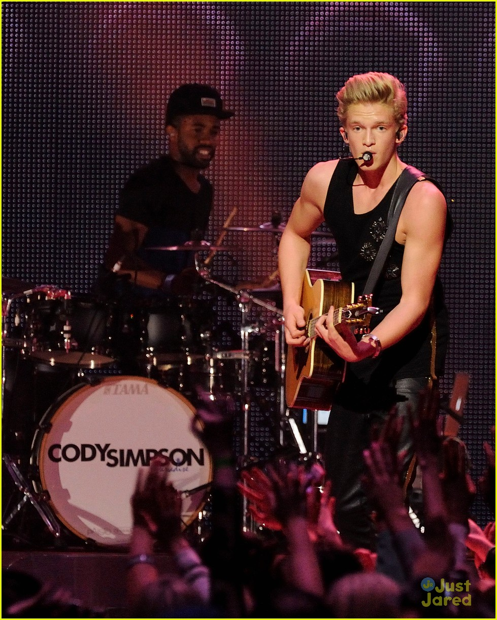 cody simpson austin mahone big jingle 16